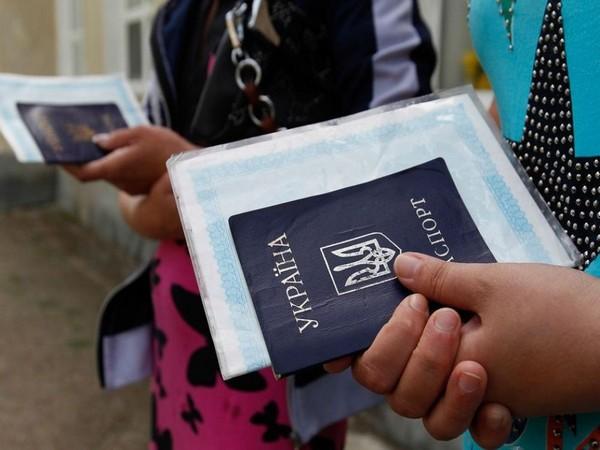 В работе регистрационных центров в Запорожье наводят порядок