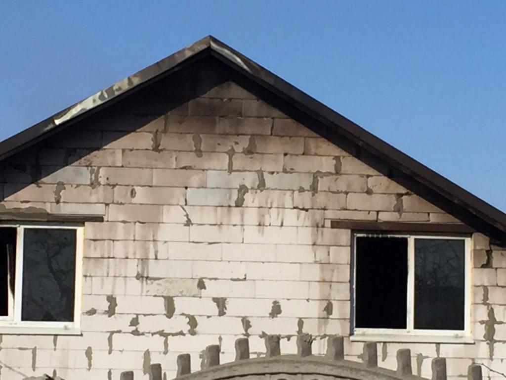 Опубликовано фото сгоревшего от перепада напряжения дома в Запорожье