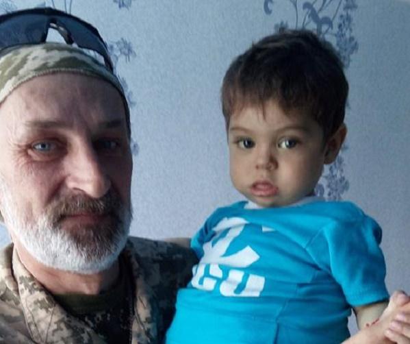 В Запорожье депутаты на лечение сына АТОшника за полчаса собрали 120 тысяч
