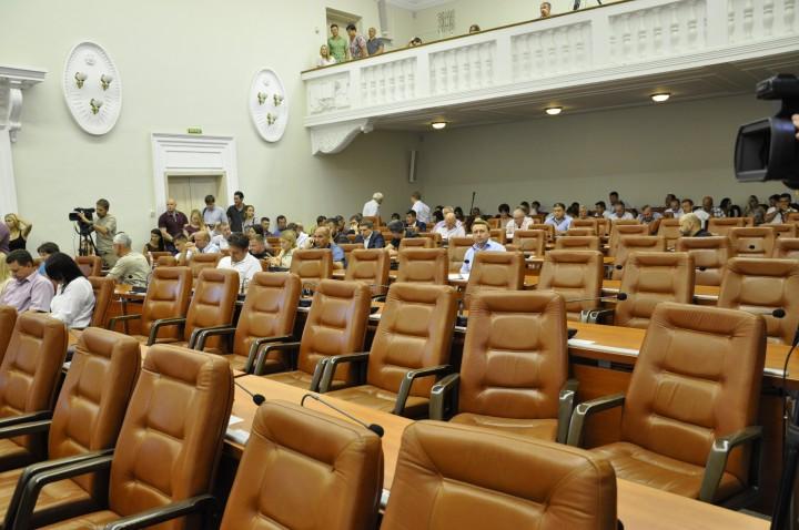 Обзор мнений: почему в Запорожье сорвалась сессия горсовета