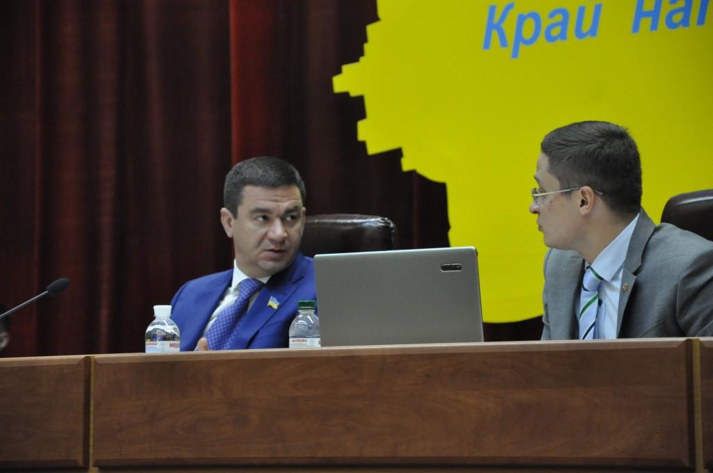 В Запорожском облсовете переформатируется большинство: «Оппоблок» потерял двух депутатов