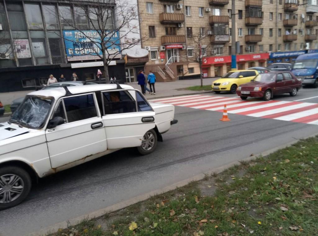 Водитель, сбивший двух подростков в центре Запорожья, может отделаться штрафом