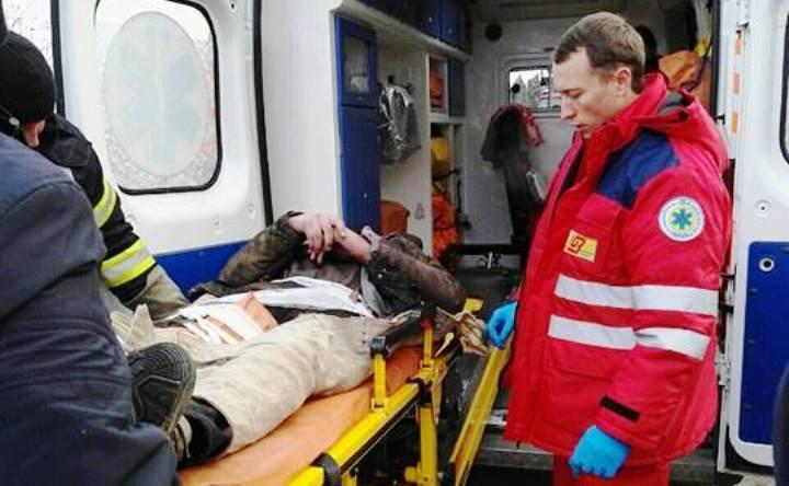 В Запорожье мужчину, искавшего легкой наживы, привалило обломками старого сарая (ФОТО)