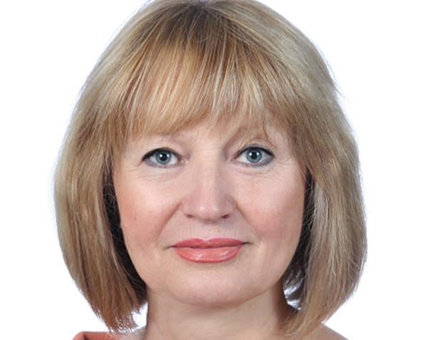 Невероятное совпадение: в Запорожском горсовете депутату выделили деньги на лечение, а она купила авто