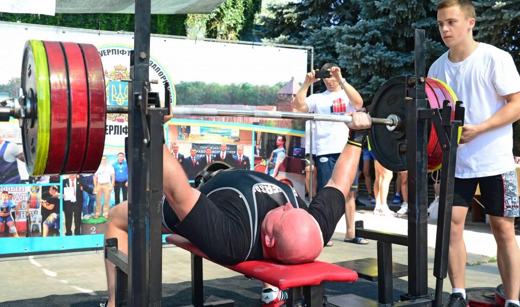 В Запорожье ветераны АТО приглашают участников на турнир по пауэрлифтингу