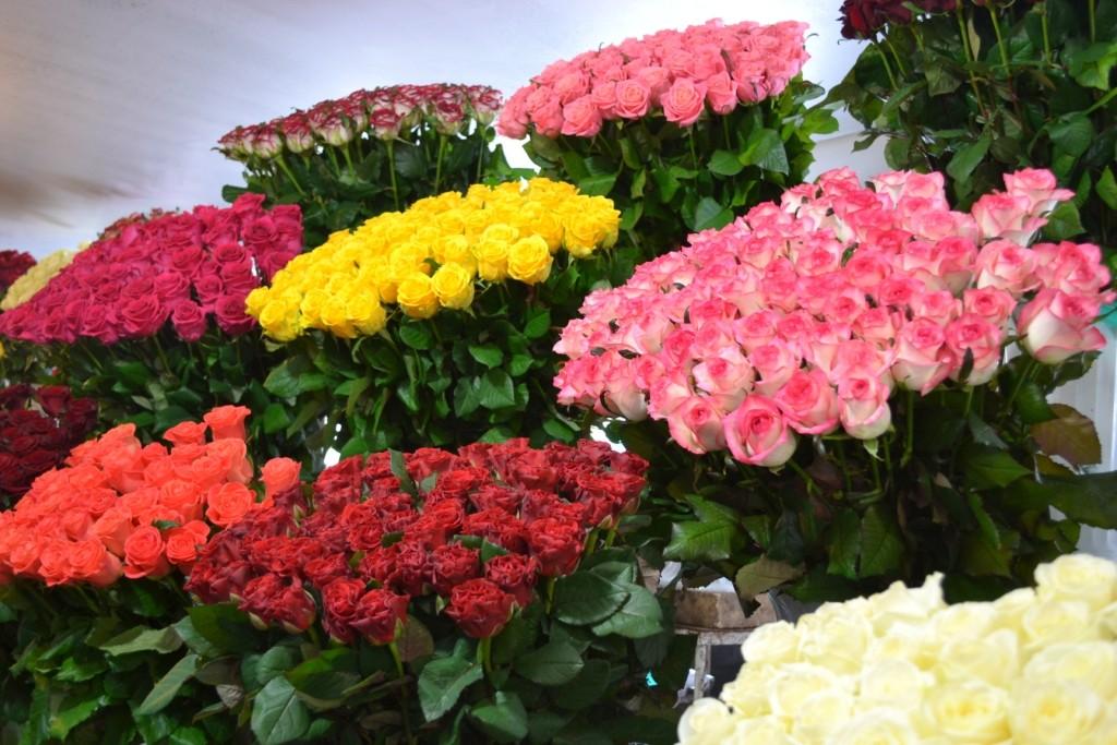 Рыночный бум: сколько стоят цветы в Запорожье ко Дню всех влюбленных