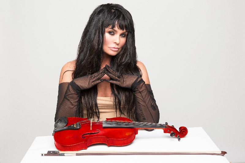 Ассия Ахат посетит Запорожье с грандиозным концертом (ФОТО, ВИДЕО)