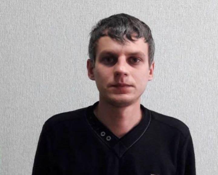 Полиция Запорожья ищет жертв мужчины, грабившего женщин и подростков (ФОТО)