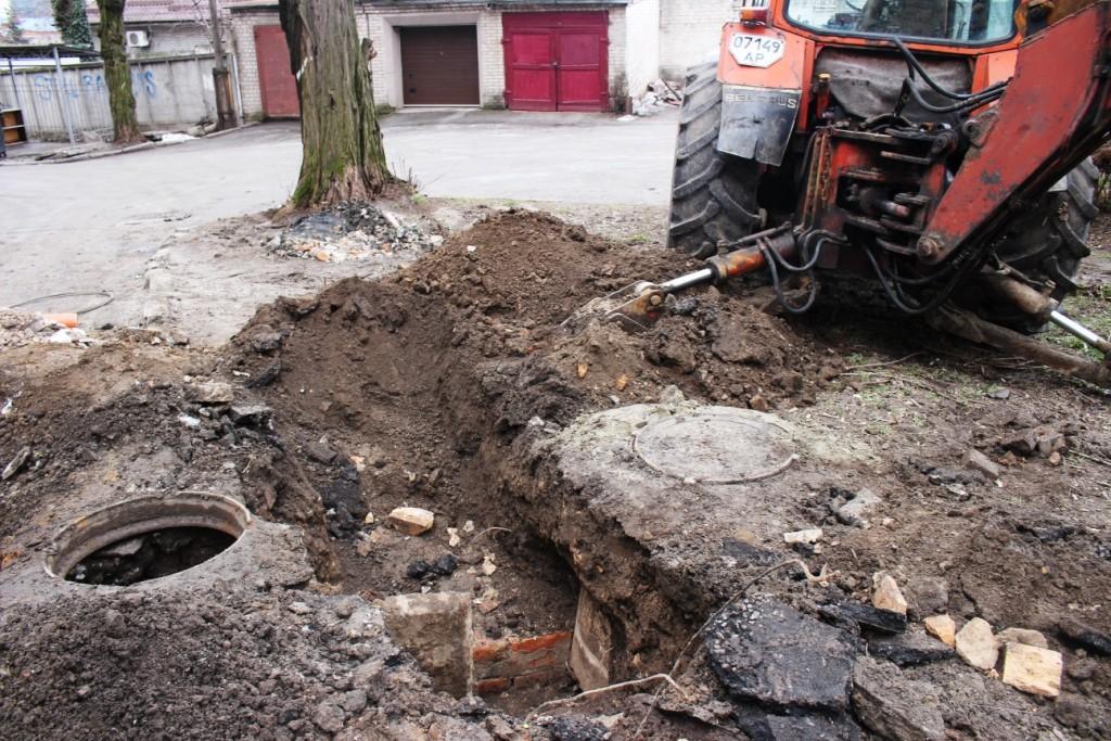 В аварийном доме на бульваре нашли еще одну причину обрушения (ФОТОРЕПОРТАЖ)