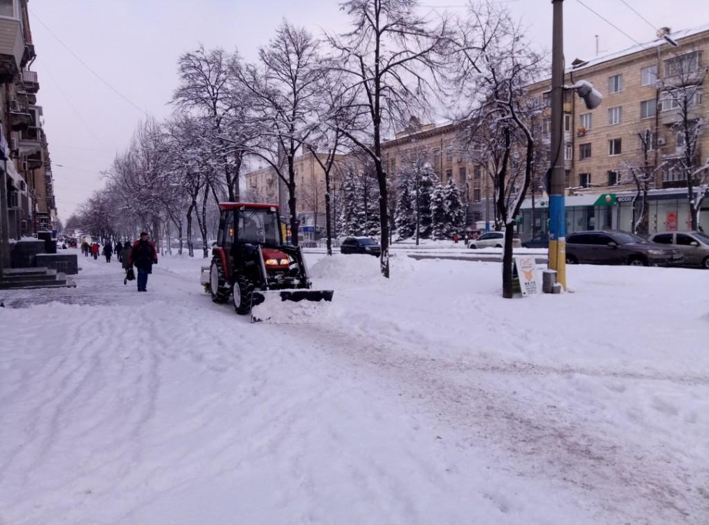В Запорожье на неделю возвращается зима: будут метели, гололед и морозы