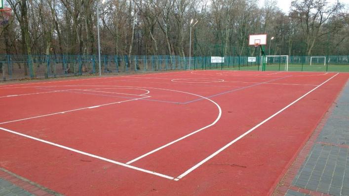 В Запорожской области на новых школьных стадионах установили расценки для занятий спортом