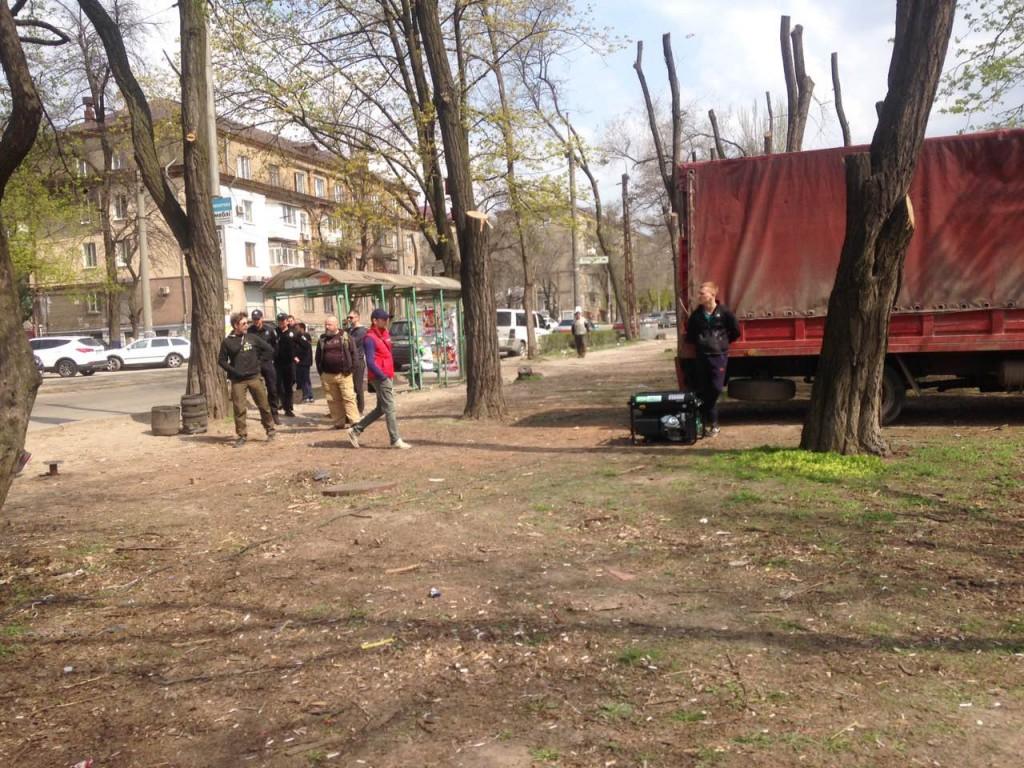 В Запорожье на место строительства ТРЦ прибыл инвестор Владимир Кальцев (ВИДЕО)