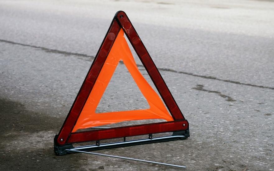 В Запорожье возле школы маршрутка сбила ребенка: пострадавшего госпитализировали (ФОТО)