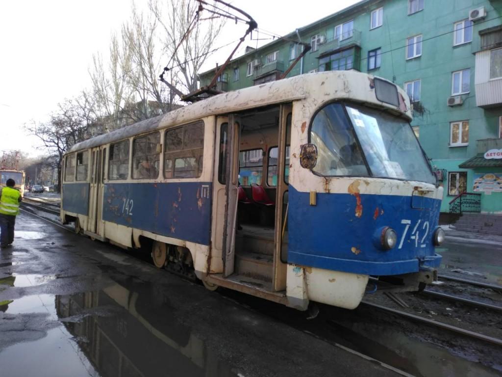 В запорожской мэрии не смогли объяснить скандальную покупку б/у трамваев (ВИДЕО)