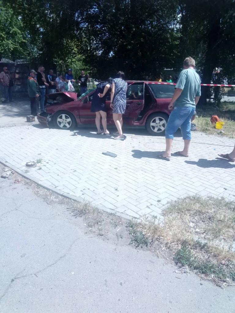 Появились первые кадры после смертельного столкновения маршрутки и «Вольво» в Запорожье (ВИДЕО)
