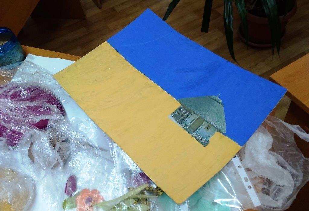 Своими руками: в Запорожье из теста создали флаг Украины (ФОТО)