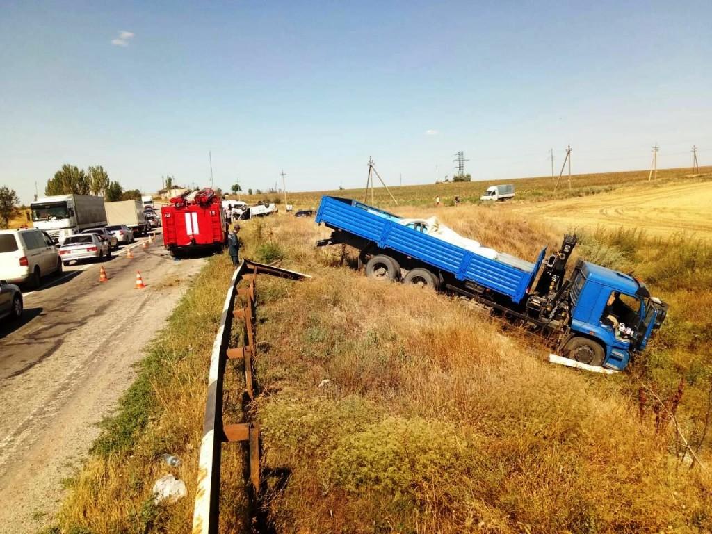 Трагедия с 7-ю погибшими на запорожской трассе: следствие заводят в тупик?