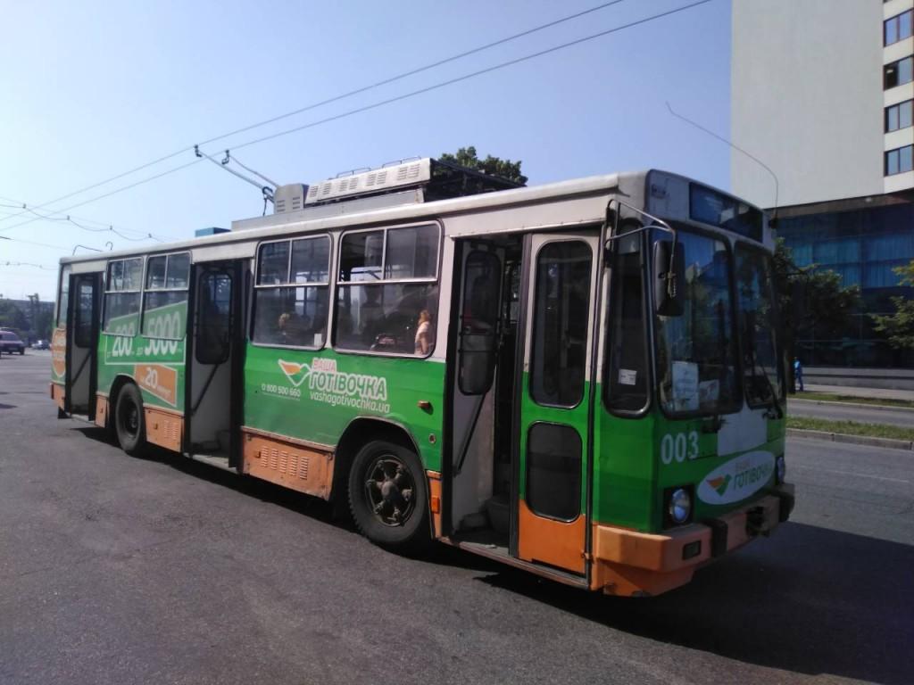 Когда все зависит от руководителя: в запорожском троллейбусном парке улучшилась ситуация с техникой (ФОТО)