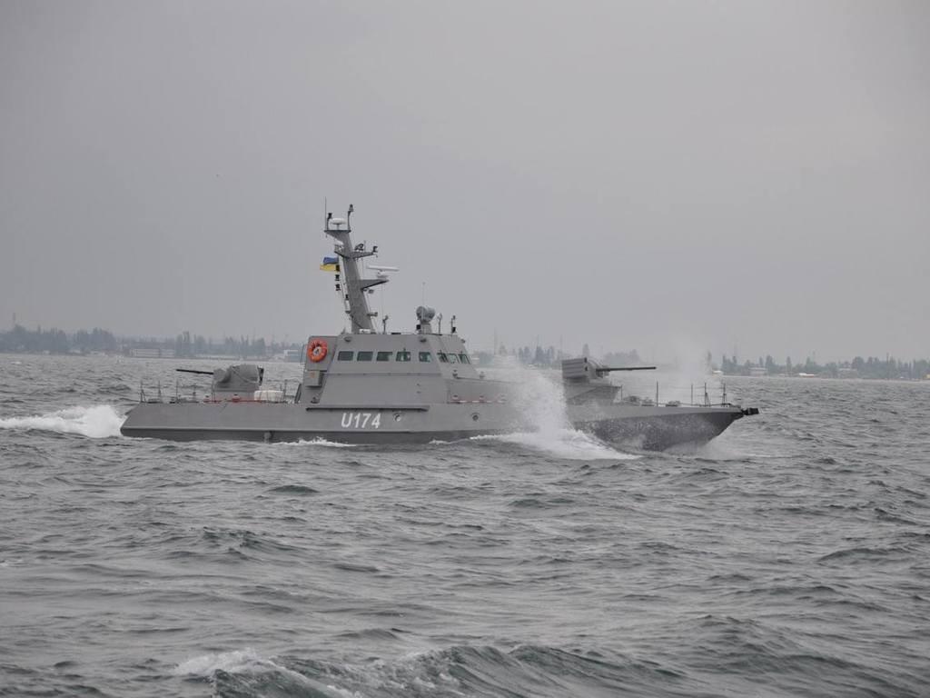 Агрессия России в Азовском море: на защиту Бердянска поступают первые корабли ВСУ (ФОТО)