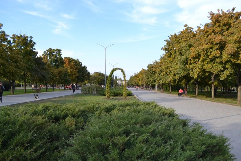 В Запорожье реконструкцию парка Гагарина перенесли на 2019 год: что успели сделать (ФОТОРЕПОРТАЖ)
