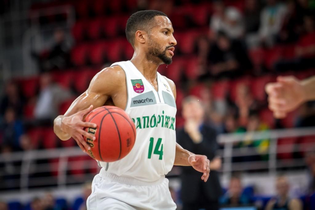 БК «Запорожье» не оставил шансов «Политехнику» и закрепил лидерство в чемпионате