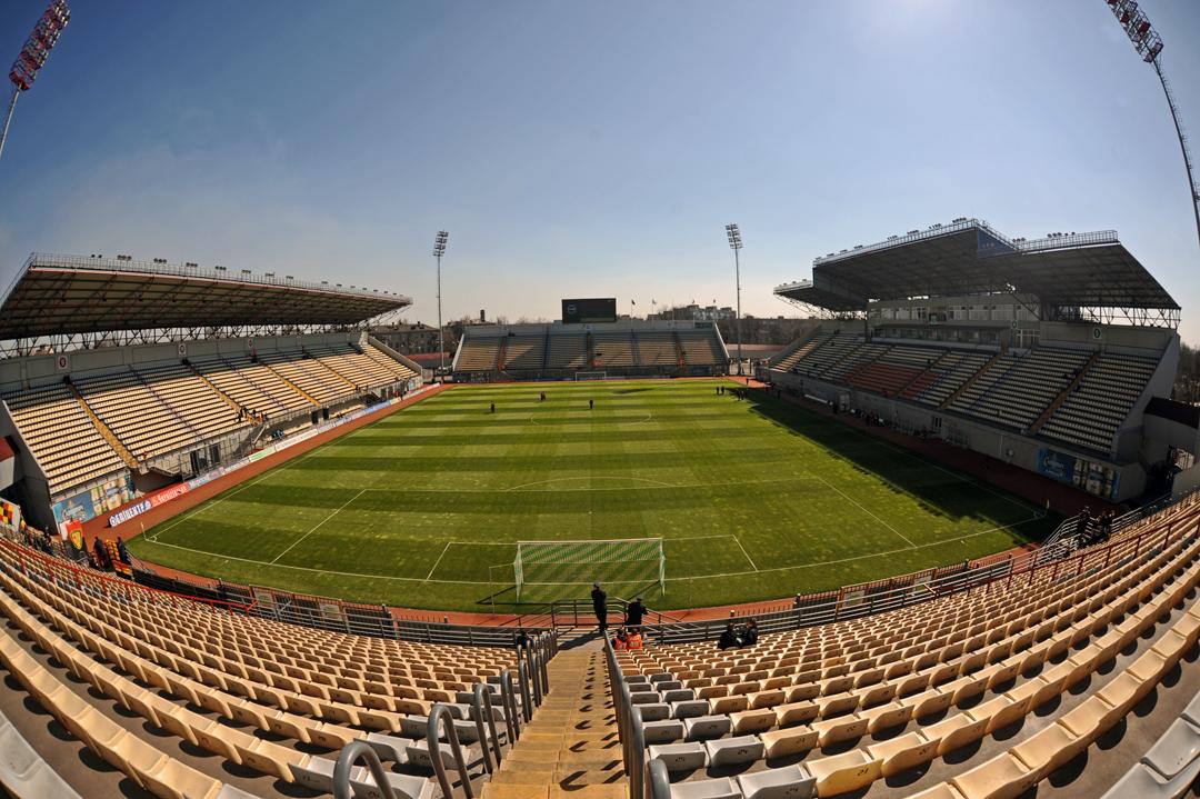 Panoramio_-_V&A_Dudush_-_Slavutich_Arena