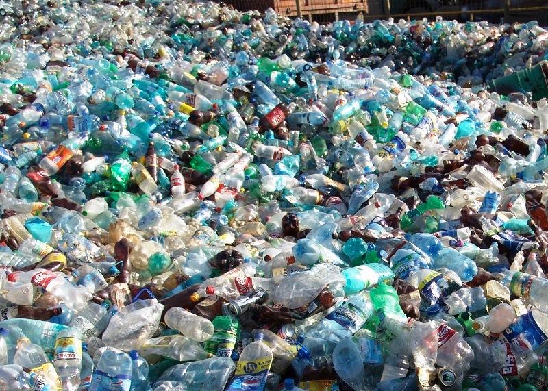 В Запорожской области школьники построили установку по переработке пластика (ФОТО)