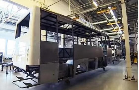 С легковыми не вышло: ЗАЗ запускает производство 12-метровых автобусов (ВИДЕО)
