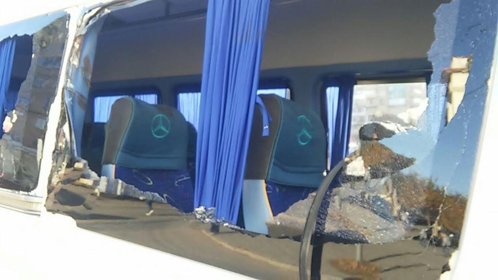 Штанга троллейбуса пробила окна маршрутки: стали известны причины резонансного ДТП в Запорожье