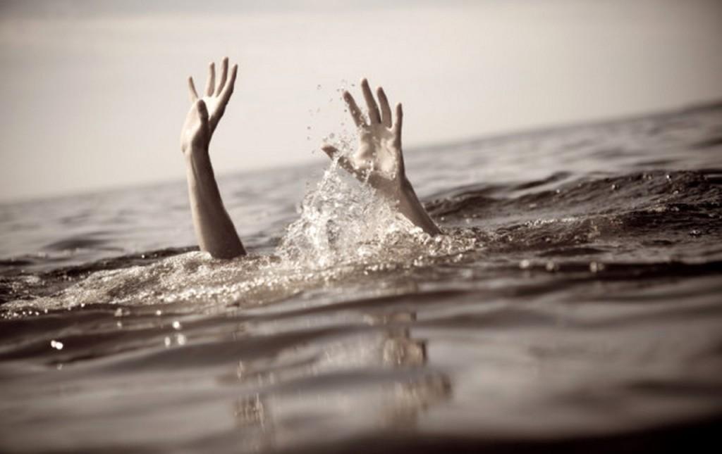В Запорожской области на реке пропал молодой парень