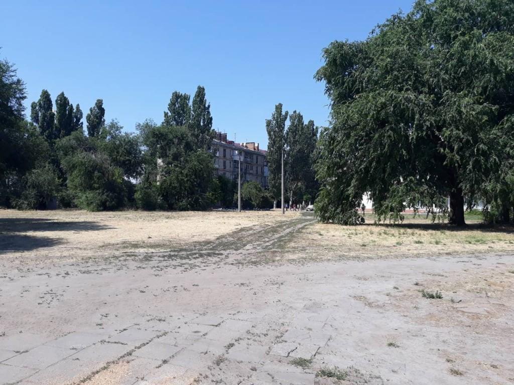 Запорожской громаде вернули участок земли, выделенный под застройку