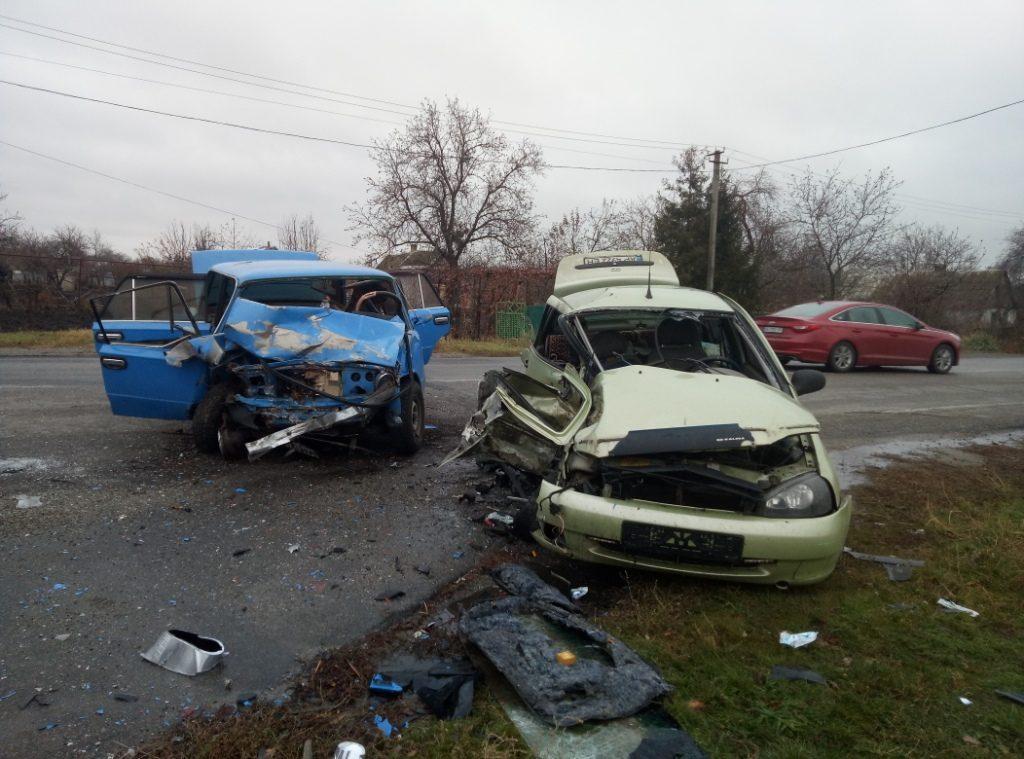 Жуткое ДТП в Запорожской области: женщины скончались на месте, тела пострадавших доставали из искореженных авто