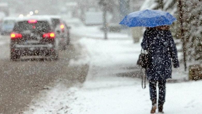 Снег и гололед: ГСЧС предупреждает о приходе настоящей зимы в Запорожскую область