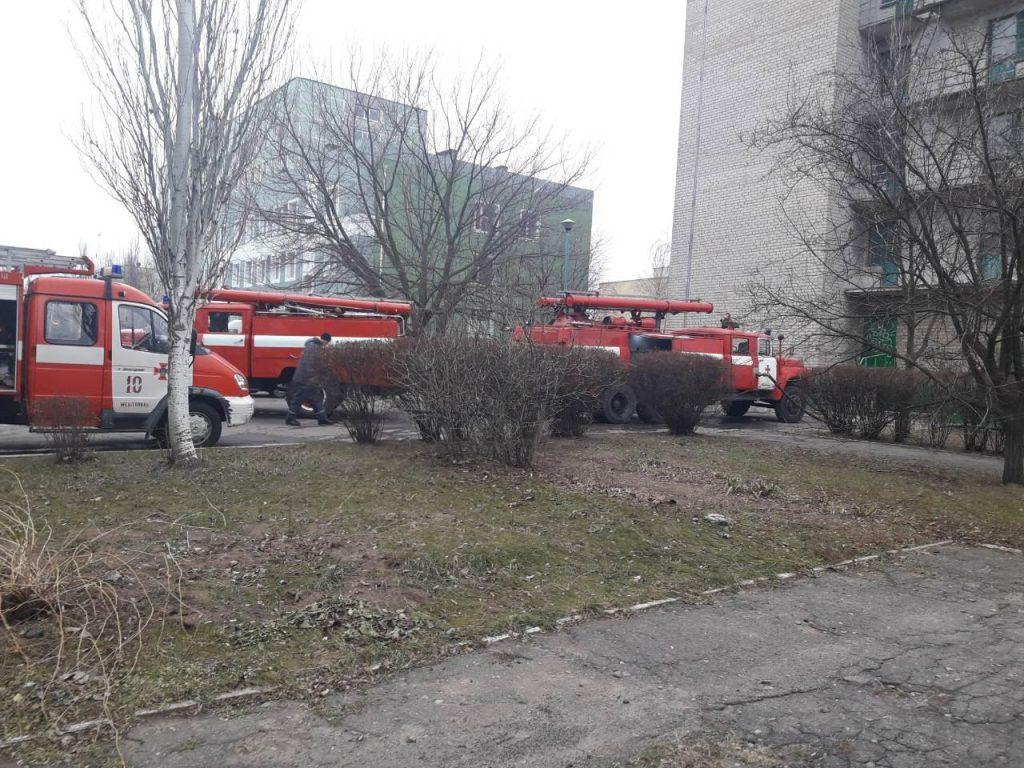 Пожар в студенческом общежитии: комната выгорела полностью (ФОТО)