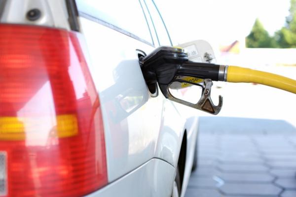 В Запорожской области стремительно падают цены на топливо