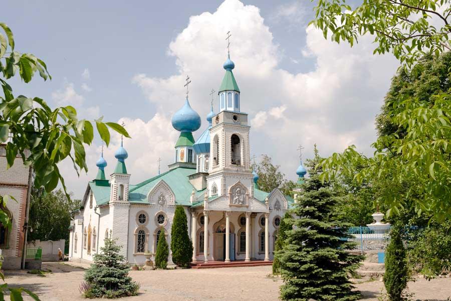 В Запорожье настоятельница монастыря МП сбежала с деньгами и ценным имуществом