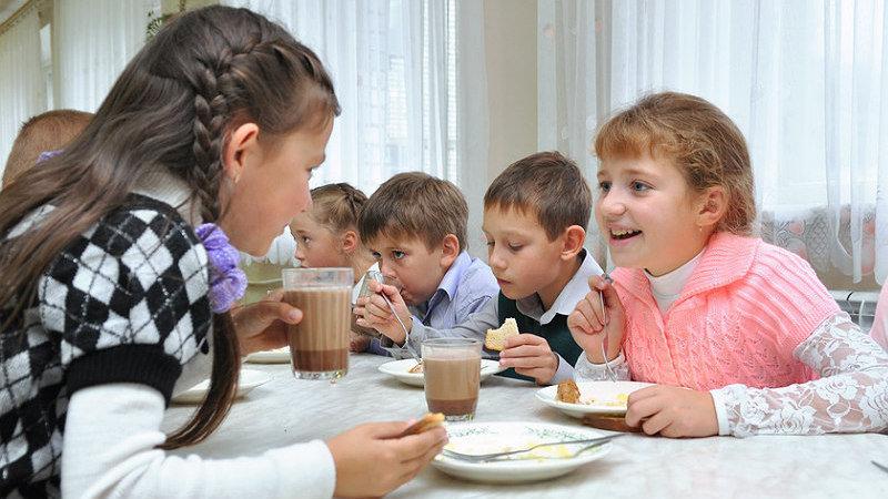 Вернуть или нет: что решат с бесплатным питанием для школьников в Запорожье