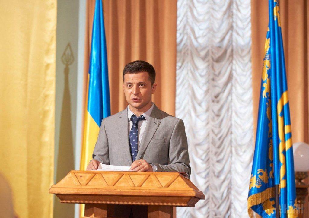 Опередил Порошенко: запорожцы остро в сети отреагировали на новогоднее выступление Зеленского (ОБЗОР)