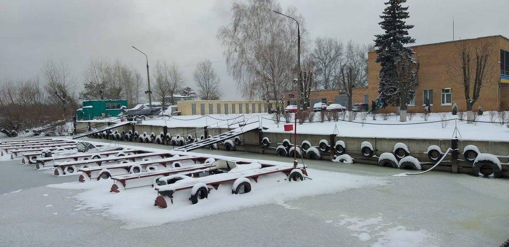 В Запорожье «заморозили» новый катер рыбоохранного патруля (ФОТО)