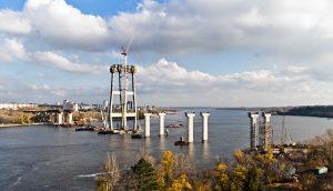 Патрульная полиция охраны: как в Запорожье решили вопрос воровства при строительстве мостов через Днепр