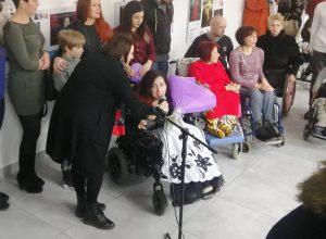 В Запорожье люди с инвалидностью перевоплотились в известных героев (ФОТО)