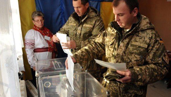В зоне ООС на военных спецучастках Зеленский опередил Порошенко: где как голосовали