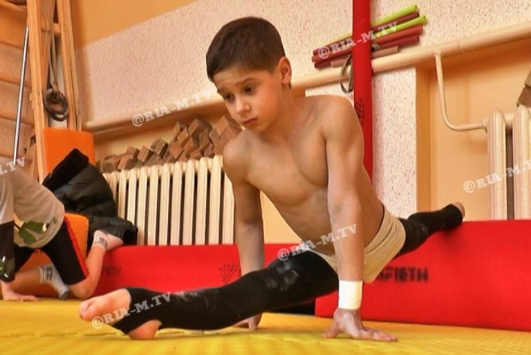 Юный спортсмен из Мелитополя готовится установить рекорд Украины (ВИДЕО)