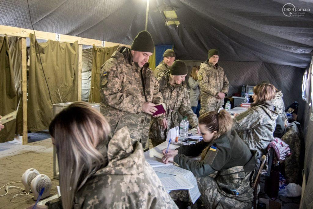Запорожская военнослужащая рассказала, почему в армии проголосовали против Порошенко