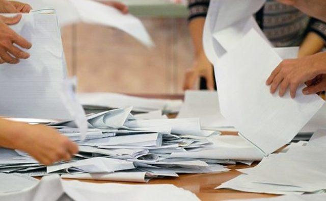Членам ТИК по 30 000 грн, а членам участковых комиссий — по 200 грн. Сколько за выборы заплатят запорожцам