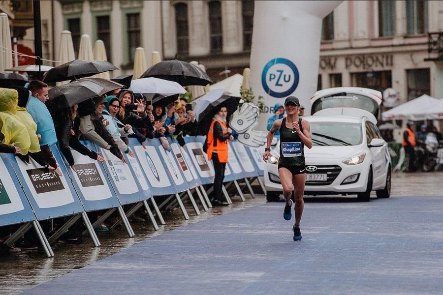 Бегунья родом из Мелитополя продемонстрировала лучший результат в истории польской марафонской трассы