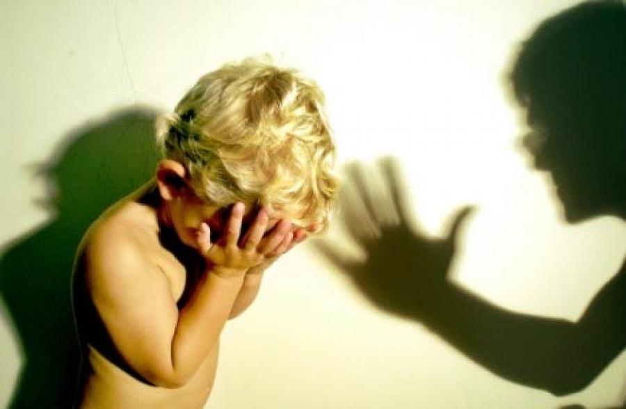 В Запорожье уволили воспитательницу, бившую детей (ВИДЕО)