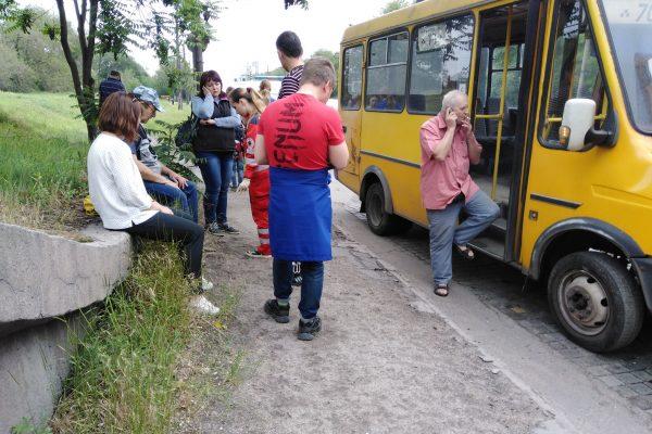 В Запорожье столкнулись две маршрутки с пассажирами: несколько пострадавших (ФОТО)