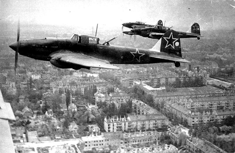 «Бессмертный полк»: запорожский краевед рассказал трагическую историю летчика Ивана Проскурова