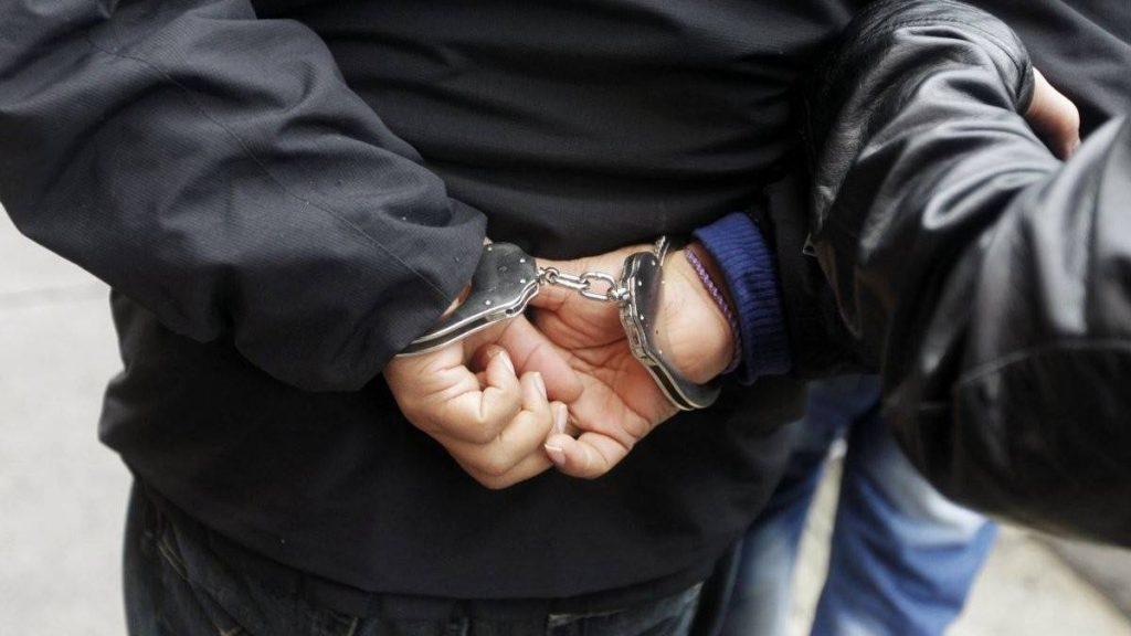 Происшествие с заложницей «Космолота»: в сети опубликовали видео задержания террориста